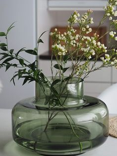 Vases Decor, Plant Decor, Spring Aesthetic, Dry Plants, Koti, Green Vase, Nordic Design, Hand Blown Glass, Flower Vases