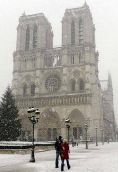 La Cathédrale Notre Dame, Paris, France