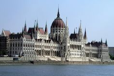 Hungarian Parliament, such a unique blend of Ottoman and European architecture. Places To See, Places Ive Been, Danube River, Amazing Buildings, Beautiful Places, Amazing Places, Pretty Photos, Ancient Ruins, Perfect World