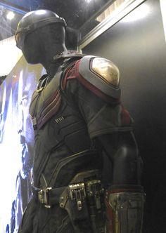Captain America: Civil War Falcon film costume detail