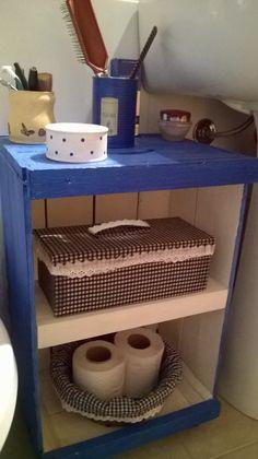 Cajón de verduras pintado para el baño
