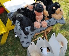 puppy dog themed birthday party - such a cute idea!!
