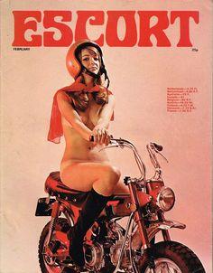 """Titelseite von """"Escort"""": Frau auf Honda Dax"""