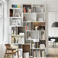 Ein tolles Regal kann einen großen Unterschied in Deinem Haus machen. Ich habe einige wirklich coole Ideen für Dich, wie Du Deine Bücher, Ordner und andere wichtige Dinge schön wegräumen…