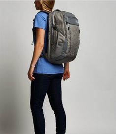 WOMEN'S SURGE TRANSIT BACKPACK NORTH FACE