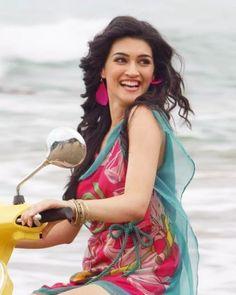 Bollywood Heroine Photo, Bollywood Actress, Indian Actress Hot Pics, Beautiful Indian Actress, Samantha Photos, Heroine Photos, Stylish Blouse Design, Girls Dpz, Bollywood Celebrities