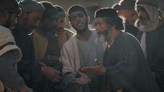 Jésus a raconté la parabole des ouvriers dans une vigne. Bien qu'ils n'avaient pas tous travaillé les mêmes heures, l'homme leur donna la même paye....