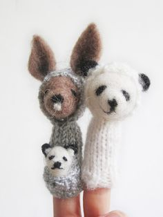 Always a fan of fine-gauge, knit and/or felted finger puppets!  The Cutest Little Finger Puppets