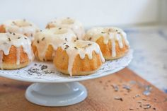 Lemon Lavender Tea Cakes - I have some culinary lavender just waiting to be used!!!