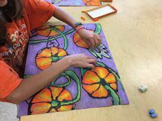 so fun! Elementary Art Rooms, Art Lessons Elementary, Fall Art Projects, Craft Projects, Middle School Art Projects, 6th Grade Art, Halloween Art, Halloween Projects, Kindergarten Art