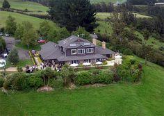 New Zealand Motel Accommodation Network Wedding Locations, Wedding Venues, Wedding Photos, Wedding New Zealand, Wedding Function, Bliss, Photo Galleries, Eagle, Mansions