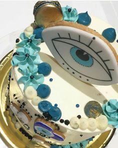 Evil Eye Art, Eye Symbol, Symbol Design, Food Goals, Vanilla Cake, Pink, Birthdays, 21st, Birthday Cake