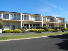 Merimbula Bluewater Apartments Australia, Pacific Ocean and Australia Ideally located in the prime touristic area of Merimbula, Bluewater Apartments promises a relaxing and wonderful visit. Offering a variety of facilities and services, the hotel provides all you need for a good night's sleep. Take advantage of the hotel's free Wi-Fi in all rooms, Wi-Fi in public areas, car park, BBQ facilities, smoking area. Television LCD/plasma screen, internet access – wireless, internet a...