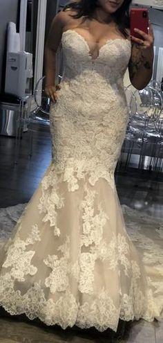 Vintage Strapless Lace Mermaid Train Elegant Wedding Dresses - March 16 2019 at Western Wedding Dresses, Modest Wedding Dresses, Elegant Wedding Dress, Perfect Wedding Dress, Designer Wedding Dresses, Trendy Wedding, Bridal Dresses, Wedding Gowns, Wedding Ideas