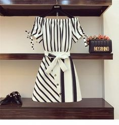 Cool black and white office dress Cute Fashion, Asian Fashion, Look Fashion, Girl Fashion, Fashion Dresses, Womens Fashion, Ropa Upcycling, Pretty Dresses, Beautiful Dresses