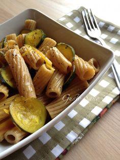 Ricetta: Pasta integrale con zucchine e zafferano