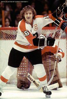 Autographed Bobby Clarke Philadelphia Flyers photo - w/COA Flyers Players, Flyers Hockey, Ice Hockey Teams, Hockey Players, Hockey Baby, Hockey Stuff, Hockey Cards, Sports Teams, Philadelphia Flyers
