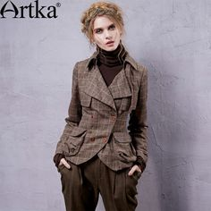 Artka Women's Knight Style Slim Short Coat Turn-down Collar Plaid Double Breasted Cinched Waist Coat With Pockets WA10025Q