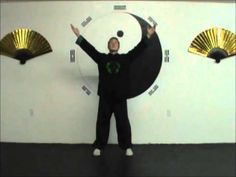 6 Grab Feet to Strengthen the Kidneys: 8 Pieces of Brocade Qigong Instruction - YouTube