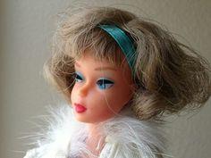 Japanese Side Part American Girl  Platinum Barbie
