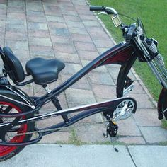 Photos of custom motorized bicycles.See OCC Schwinn Stingray choppers we've motorized.Also rat rods & cruisers, e-bikes or ones with gas and electric motors. Best Electric Bikes, Gas And Electric, Electric Bicycle, Bike Chopper, Gas Powered Bicycle, Banana Seat Bike, Bicycles For Sale, Motorized Bicycle, Fat Bike
