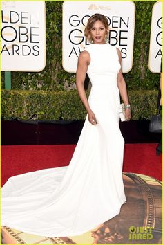 Laverne Cox is a Vision in White at Golden Globes 2016   laverne cox 2016 golden globes 04 - Photo