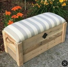 Hope chest- Toy box - Entryway bench - Storage bench - Storage chest - - The Pioneer Diy Wooden Projects, Wooden Diy, Wooden Boxes, Diy Pallet Furniture, Cheap Furniture, Mison, Rustic Toys, Closet Shoe Storage, Wood Storage Box