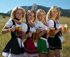 Oktoberfest Girls Special 2016 - Page 3 Oktoberfest Hairstyle, Oktoberfest Party, German Girls, German Women, Cute Girls, Octoberfest Girls, Beer Maid, Beer Girl, Pin Up Girls