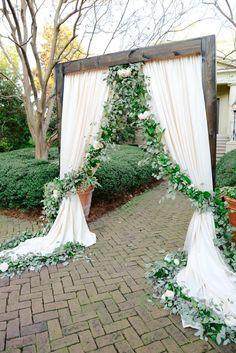 Unique stunning wedding backdrop ideas 7