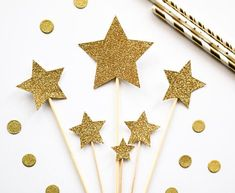 Star Assorted Size Glitter Cake Toppers - Birthday, Baby Shower, party #GlitterCake Baby Birthday Cakes, Birthday Cake Toppers, Gender Reveal Decorations, Star Cakes, Shower Party, Baby Shower, Glitter Cake, Glitter Stars, Centre Pieces