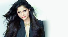 #AartiSingh's Bold Photoshoot Introduce Her Off Screen Avatar