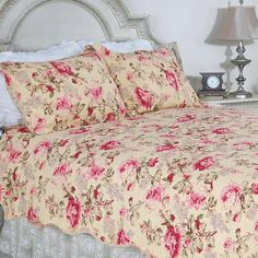 Blooming Peony 100% Cotton 3PC Classic Floral Vermicelli-Quilted Quilt Set (King Size)