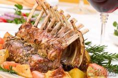 Receita de Carré de cordeiro assado em receitas de carnes, veja essa e outras receitas aqui!