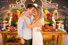 A Rafa é a noiva do ano e preparou um chá bar lindo para comemorar mais uma etapa desse casamento. Agora eles terão o registro desse dia especial para sempre. Rafa e Miguel, que a felicidade esteja sempre com vocês! O grande dia promete!!!  #tássilacosta #rafaemiguel #fotodecasal #miniwedding #casal #fotosemvitoria #casamentoemvitoria #casamentodoano #casar #fotografiadecasamento