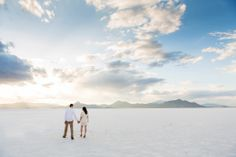 Summer engagement pictures #terracooper #terracooperphotography #summerengagementpictures #engagements #engagementpictures #saltflats #saltflatsengagements