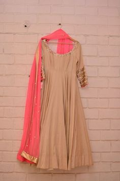 Beige plain anarkali with khichdi sequinned sleeve border and neon pink dupatta - Abhinav Mishra - Best Shahpur Jat boutique designer for bridal wear Indian Gowns, Indian Attire, Indian Ethnic Wear, Indian Style, Pakistani Outfits, Indian Outfits, Indian Clothes, Anarkali Dress, Lehenga