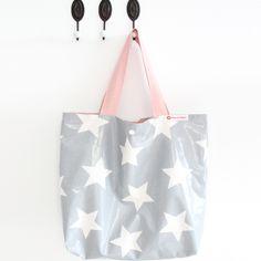 Shopper aus Wachstuch: Sterne grau/weiß, 45x35cm