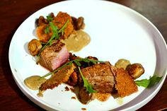 Veal steak, mushrooms with cream and hazelnuts, chef recipe by David Toutain by weblicious Pureed Food Recipes, Chef Recipes, Whole Food Recipes, Dinner Recipes, Steaks, Chefs, Food Presentation, Food Inspiration, Gourmet