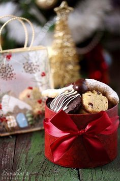 Christmas by kupenska on DeviantArt Christmas In The City, Christmas Mood, Christmas Kitchen, Merry Christmas And Happy New Year, Little Christmas, Country Christmas, Christmas Colors, Christmas Themes, Xmas