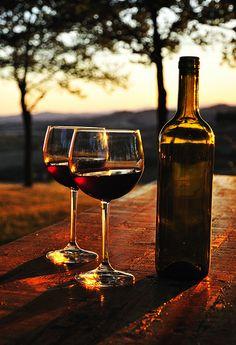Compartir un vino durante el atardecer... #momentosperfectos