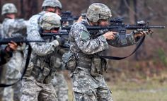 Last summer, the U. Army confirmed that soldiers will begin wearing the new Army Combat Uniform (ACU) that bears the Operational Camouflage Pattern (OCP) – also known as Scorpion They are no. Military Camouflage, Military Personnel, Military Life, Military Uniforms, Ukraine, Army Combat Uniform, Paratrooper, United States Army, American Soldiers