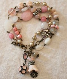 Beautiful pink vintage style bracelet by Andrea