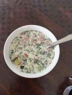 Russische Sommersuppe Russische Sommersuppe 5 The post Russische Sommersuppe appeared first on Rezepte. Russian Pastries, Russian Dishes, Russian Recipes, Borscht Soup, Famous Drinks, Beet Soup, Seafood Dishes, Plate, Summer