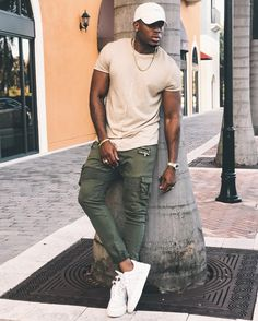 11 Best Mens Fashion Tips To Elevate Your Style! 11 Best Mens Fashion Tips To Elevate Your Style! Black Men Summer Fashion, Best Mens Fashion, Black Men Street Fashion, Black Mens Urban Fashion, Black Men Summer Outfits, Classy Mens Fashion, Tall Men Fashion, Latex Fashion, Fashion Edgy