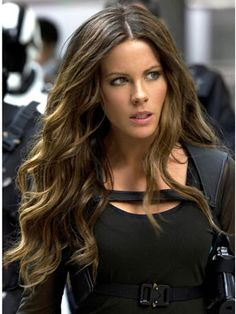 "Kate Beckinsale's hair in ""Total Recall"" is kinda magical..."
