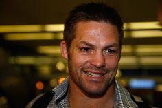 Richie Mccaw Photos - New Zealand All Blacks Meet The Chicago Bulls - Zimbio Richie Mccaw, All Blacks Rugby, Soldier Field, Rugby Players, Chicago Bulls, New Zealand, Meet, Dreams, Game