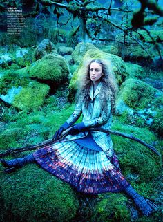 Scenic Landscape - Supermodel Raquel Zimmermann fronts Vogue's 'Into the Woods' editorial—a story that highlights scenic landscapes and coutur. Woods Photography, High Fashion Photography, Editorial Photography, Photography Magazine, Fashion Tv, Fashion Shoot, Fashion Magazines, Mode Bizarre, Fashion Editorial Nature