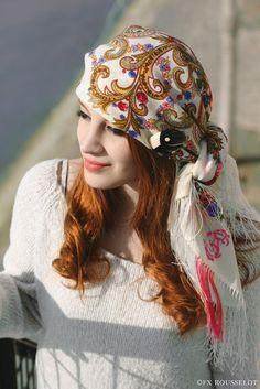 Comtesse Sofia, un foulard Russe à Paris. Comtesse Sofia x La Penderie d'Anaïs.