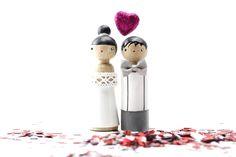 Vive les mariés ! #caketoppers www.lespoisplumes.fr rubrique mariage