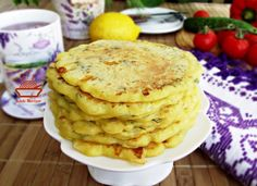 Raw Food Recipes, Vegetable Recipes, Cooking Recipes, Eastern European Recipes, Pizza And Beer, Romanian Food, Pastry And Bakery, Appetisers, Morning Food